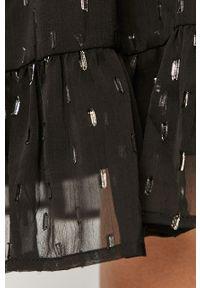 Czarna sukienka Jacqueline de Yong na co dzień, casualowa