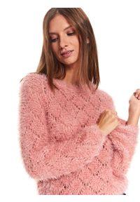 Różowy sweter TOP SECRET casualowy, w kolorowe wzory