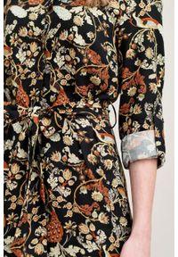 Marie Zélie - Sukienka Eliza Pavo czarna. Kolor: czarny. Materiał: bawełna, wiskoza. Długość rękawa: długi rękaw. Typ sukienki: szmizjerki. Styl: klasyczny