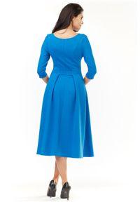 Infinite You - Klasyczna sukienka z rozkloszowanym dołem. Materiał: bawełna, materiał, elastan. Długość rękawa: długi rękaw. Typ sukienki: rozkloszowane. Styl: klasyczny