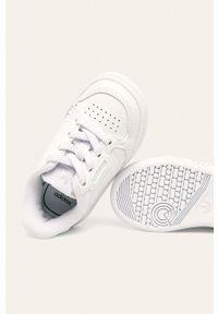 Białe buty sportowe adidas Originals z nadrukiem, z okrągłym noskiem, z cholewką