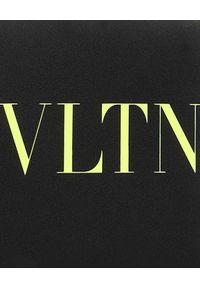 VALENTINO - Czarny portfel na pasku VLTN. Kolor: czarny. Wzór: nadruk, aplikacja #5