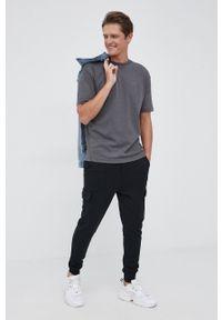 BOSS - Boss - T-shirt bawełniany. Okazja: na co dzień. Kolor: szary. Materiał: bawełna. Wzór: gładki. Styl: casual