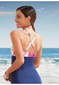 Kostium kąpielowy, przyjazny dla środowiska bonprix ciemnoniebiesko-jasnoróżowy w kwiaty. Kolor: niebieski. Wzór: kwiaty