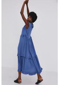 Answear Lab - Sukienka. Kolor: niebieski. Materiał: tkanina. Styl: wakacyjny