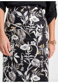 Czarna spódnica bonprix w kwiaty