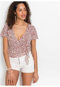 Shirt kopertowy LENZING™ ECOVERO™ bonprix brązowy marsala w paski zebry. Kolor: czerwony. Materiał: materiał. Długość rękawa: krótki rękaw. Długość: krótkie. Wzór: motyw zwierzęcy, paski
