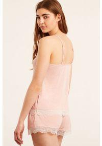 Etam - Top piżamowy WARM DAY. Kolor: różowy. Materiał: dzianina, koronka