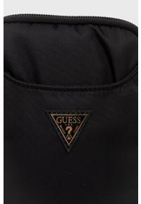 Guess - Torebka. Kolor: czarny. Rodzaj torebki: na ramię