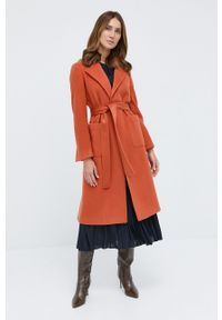 MAX&Co. - Płaszcz. Kolor: pomarańczowy. Materiał: tkanina. Wzór: gładki. Styl: klasyczny