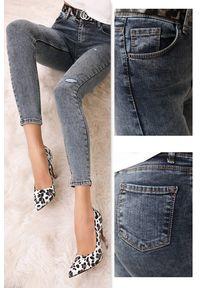 Niebieskie jeansy IVET klasyczne, na co dzień