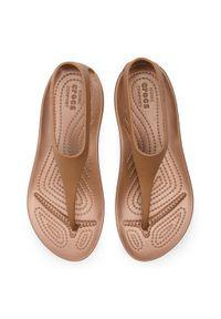 Brązowe sandały Crocs casualowe, na co dzień