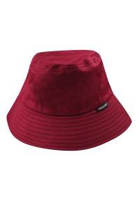 Czerwona czapka Pako Jeans na lato