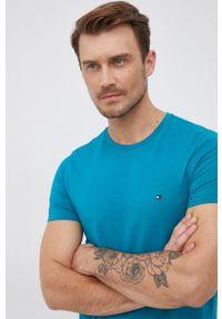 TOMMY HILFIGER - Tommy Hilfiger - T-shirt. Okazja: na co dzień. Kolor: niebieski. Materiał: bawełna, dzianina. Wzór: gładki. Styl: casual