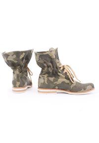 Zapato - sznurowane botki za kostkę - skóra naturalna - model 424 - kolor moro. Okazja: na spacer. Wysokość cholewki: za kostkę. Materiał: skóra. Wzór: moro. Styl: sportowy