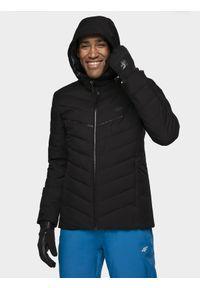 4f - Kurtka narciarska męska. Typ kołnierza: kaptur. Kolor: czarny. Materiał: materiał, puch, mesh, syntetyk. Sezon: zima. Sport: narciarstwo