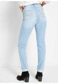 Dżinsy ze stretchem Boyfriend bonprix jasnoniebieski. Kolor: niebieski