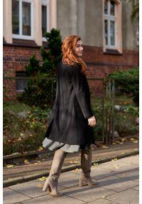 Marie Zélie - Płaszcz wełniany Debora czarny. Kolor: czarny. Materiał: wełna. Wzór: ze splotem, motyw zwierzęcy. Sezon: zima. Styl: klasyczny