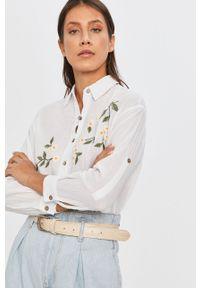 Biała koszula Answear Lab z klasycznym kołnierzykiem, długa