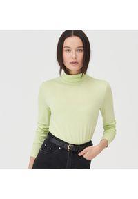 Zielona bluzka Sinsay z golfem