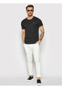 Marc O'Polo T-Shirt 122 2220 51350 Czarny Regular Fit. Typ kołnierza: polo. Kolor: czarny