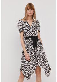 Morgan - Sukienka. Kolor: czarny. Materiał: tkanina. Długość rękawa: krótki rękaw. Typ sukienki: rozkloszowane