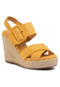 Żółte sandały Xti casualowe, na co dzień