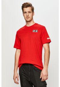 Czerwony t-shirt Element na co dzień, casualowy, z motywem z bajki