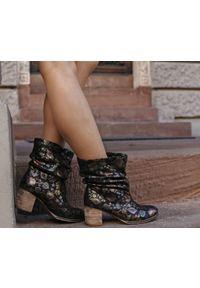 Czarne botki Zapato wąskie, w kolorowe wzory, biznesowe, na spotkanie biznesowe