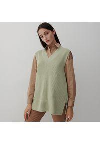 Reserved - Dzianinowa kamizelka - Zielony. Kolor: zielony. Materiał: dzianina