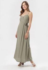 Born2be - Ciemnozielona Sukienka Clalirea. Kolor: zielony