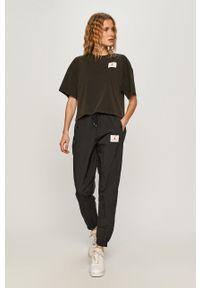 Czarne spodnie dresowe Jordan