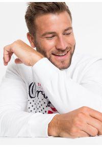 Biała bluza bonprix z nadrukiem