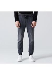 Cropp - Jeansowe joggery - Szary. Kolor: szary