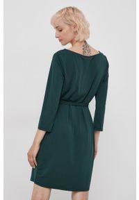 Vila - Sukienka. Kolor: zielony. Materiał: dzianina, poliester. Wzór: gładki. Typ sukienki: dopasowane
