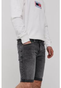 Tommy Jeans - Szorty jeansowe. Kolor: szary. Materiał: bawełna
