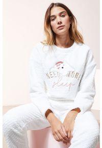 Biała piżama Etam długa, z aplikacjami