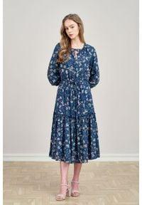 Marie Zélie - Sukienka Cecilia Fermata. Materiał: materiał, skóra, wiskoza, bawełna, poliester, tkanina. Wzór: napisy, aplikacja