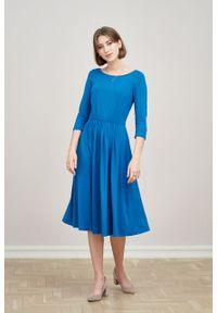 Marie Zélie - Sukienka Emelina ciemnoniebieska. Kolor: niebieski. Materiał: wiskoza, dzianina, materiał, elastan, tkanina, guma. Styl: klasyczny. Długość: midi
