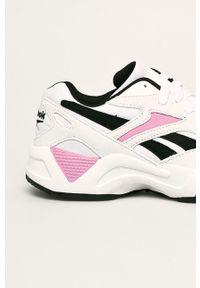 Białe buty sportowe Reebok Classic Reebok Classic, z cholewką, na średnim obcasie