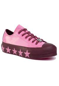 Różowe buty sportowe Converse na koturnie, z cholewką, na średnim obcasie