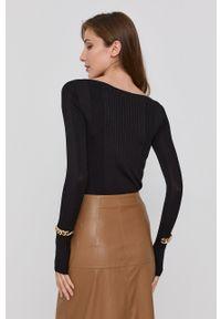 Patrizia Pepe - Sweter. Kolor: czarny. Materiał: dzianina. Długość rękawa: długi rękaw. Długość: długie. Wzór: aplikacja, ze splotem