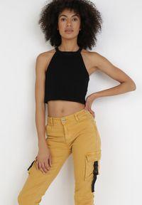 Born2be - Żółte Spodnie Bojówki Mhyress. Kolor: żółty