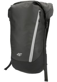 Czarny plecak 4f elegancki