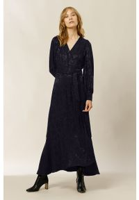 IVY & OAK - Sukienka. Kolor: niebieski. Materiał: tkanina. Długość rękawa: długi rękaw