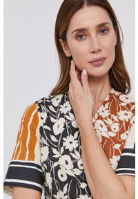 Liviana Conti - Sukienka. Materiał: materiał. Długość rękawa: krótki rękaw. Typ sukienki: rozkloszowane