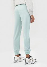 Miętowe spodnie Born2be