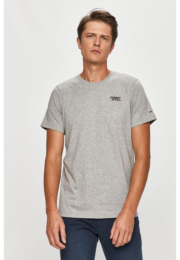 Szary t-shirt Tommy Jeans casualowy, z okrągłym kołnierzem