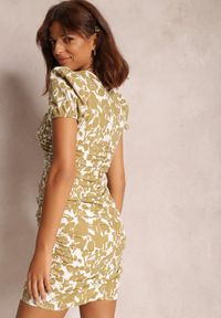 Renee - Beżowa Sukienka Adedoc. Kolor: beżowy
