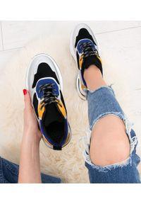 Czarne buty sportowe N/M w kolorowe wzory